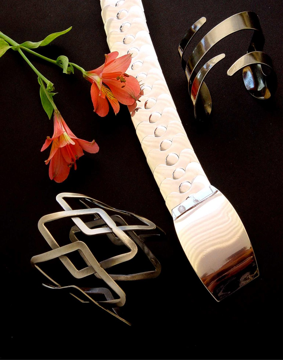 Shiny metal belt and bracelet combination